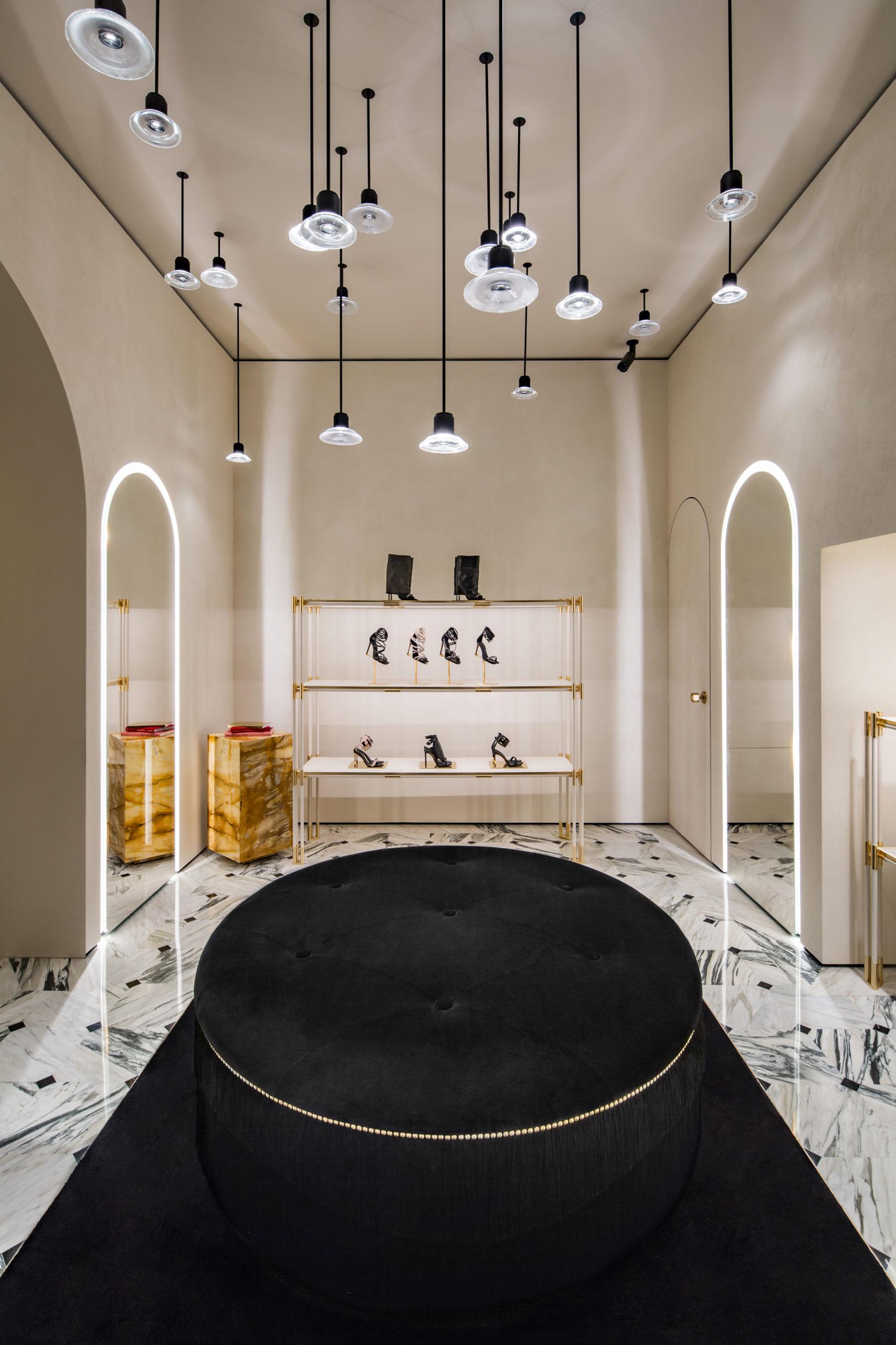 Här öppnar Balmain sin första butik i Stockholm